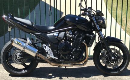Suzuki GSF1250 naked Bandit , may trade another Rd bike, $6900.