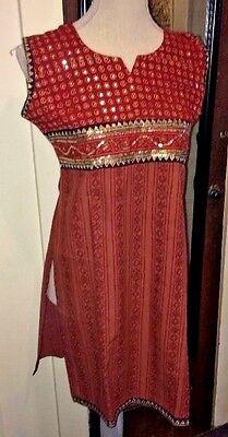 INDIAN TUNIC DRESS, SLEEVELESS, BURGUNDY WITH SEQUINS, FLORAL DESIGN, 36 (MEDIUM
