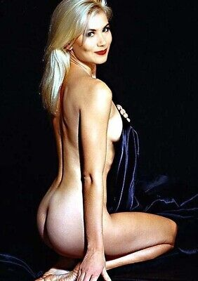 Christina Applegate (2) 4x6 Color Photos