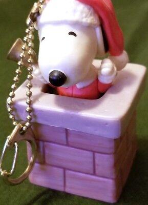 "Vintage 3"" Ceramic Snoopy Chimney Keychain Hanger UFS"