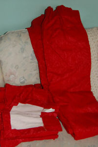 RED DRAPES WITH VALANCE
