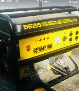 Champion 4500 watt Portable Gasoline Generator -