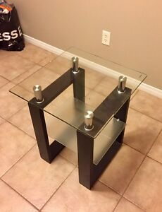 JYSK End table - Mint condition