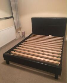 King size bed & clean mattress