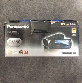 Panasonic HDC-TM40 Full HD 1080p camcorder 16gb built-in memory
