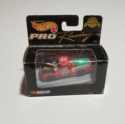 Hot Wheels Pro Racing Track Edition 1/64 scale 1998 Cummins Players Inc NASCAR