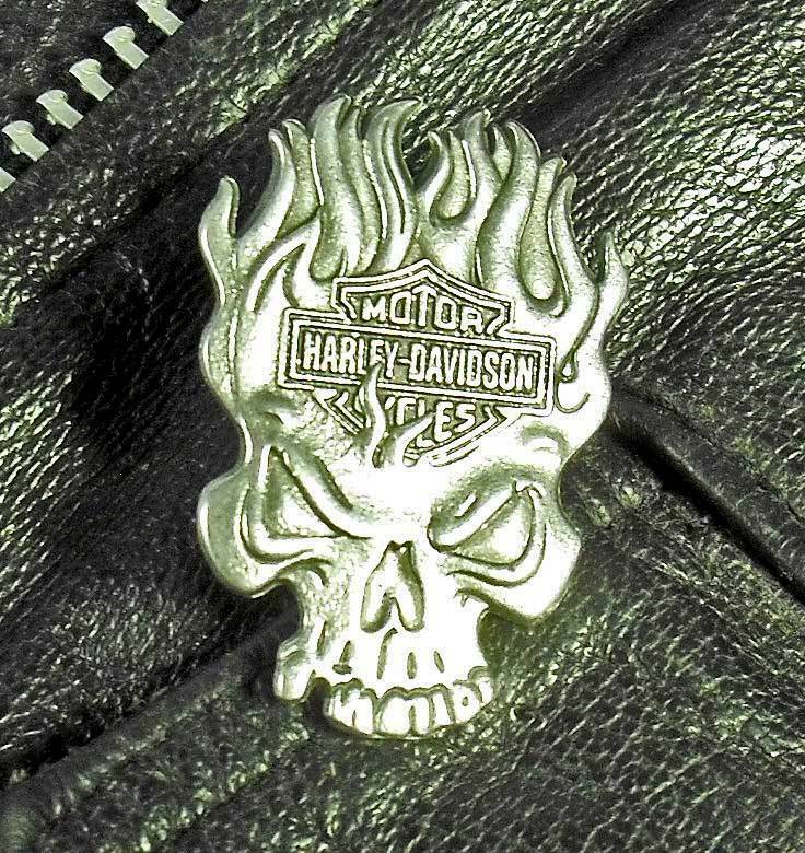 Flaming Skull Harley-Davidson Motorcycle Harley Pewter Biker Jacket  pin 1019