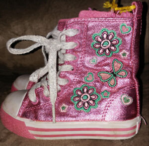 Girl's Toddler Shoes - Size 7