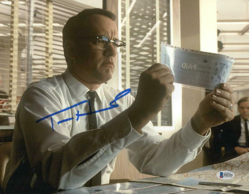 TOM HANKS SIGNED 11X14 PHOTO CATCH ME IF YOU CAN AUTHENTIC AUTOGRAPH BECKETT COA