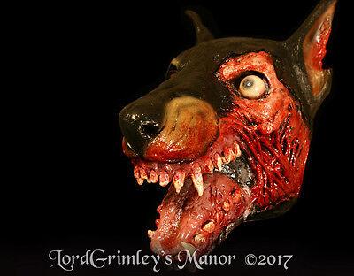NEW 2017 Officially Licensed Resident Evil Zombie Dog Halloween Mask Horror