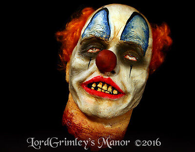 NEW 2016 Decapitated Clown Head Latex Halloween Prop Horror Severed Decoration