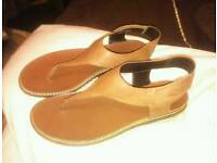 CAMEL ACTIVE LEATHER TOE POST SANDALS