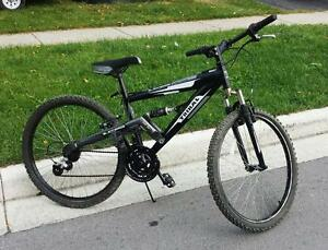 "Mountain Bike for Sale FULL SUSPENSION , 21 spd, 17,5-""FRAME,  26 ""-TIRES, TRIBAL"