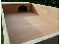 Tortoise Enclosure Extra Large 4 Foot X 2 Foot X 8 Inches. BRAND NEW.