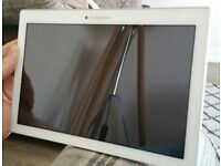 Lenovo 10.1 inch Tablet, model A10-70F, white, excellent condition.