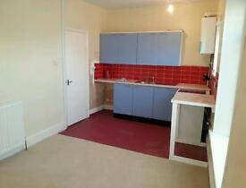 Flat 3 BED SPACETIOUS APARTMENT BD3