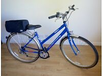 BSA WESTCOAT CITY LADIES HYBRID BIKE IN EXCELLENT CONDITION REALLY LOVELY BIKE SERVICED WITH EXTRAS