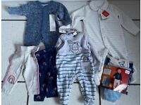 NEW LABELLED 0-3 MONTH BABY SLEEPSUIT OR 2 PAIR LEGGINGS, UNUSED BARGAIN ONLY £2.50 EACH CAN POST