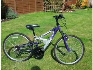 Apollo FS24 girls mountain bike. 14inch purple and silver