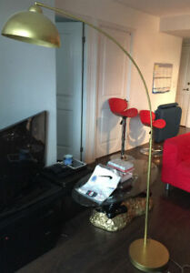 Moving Sale: Used Gold Curved Floor Lamp in Excellent Condition
