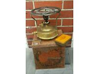 Original vintage lamp cooker