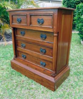 5 Drawer Solid Wooden Mahogany Chest of Drawers