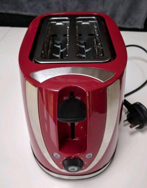 Russell hobbs toaster. Near new