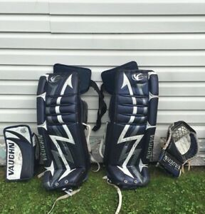 Used Goalie Equipment Vaughn 7300 series set
