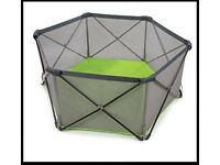 Baby playpen - Pop up - Used 4 times