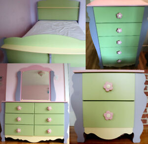 Kids (girls) bedroom set high quality