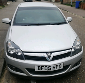 2005 Vauxhall astra spare or repair