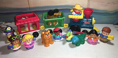Fisher Price Little People Zoo Train With Lot of 15 Figures Animals Train