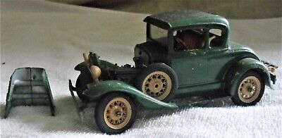 MODEL A FORD COUPE 1932 ALL METAL MODEL, HAND PAINTED