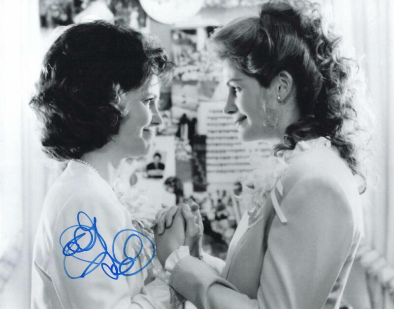 SALLY FIELD SIGNED AUTOGRAPH 11x14 PHOTO - FOREST GUMP, JULIA ROBERTS, LEGEND