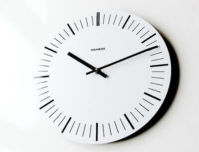 Orig. german SIEMENS Industrial Clock Bauhaus wall midcentury Hans Hilfiker