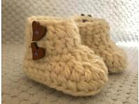 Small children's boots 6-12 months