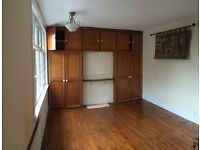 Fitted and Bright Double Room in Barking, IG11