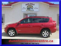 2008 Toyota RAV4 *Limited*  LOW KM'S!