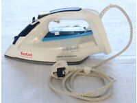 Tefal Smart Protect FV4970 - Steam iron, Ironing, Housekeeping,