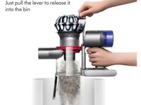 Dyson v8 animal brand new