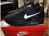 Brand New Men's Nike Air Max size UK 10