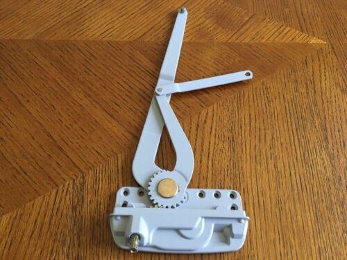 Window Crank/ Split Dual Arm Operator for Casement Window - Climate Guard (1)