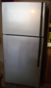 """"""" STAINLESS """" HOTPOINT REFRIGERATOR - FULL SIZE"""