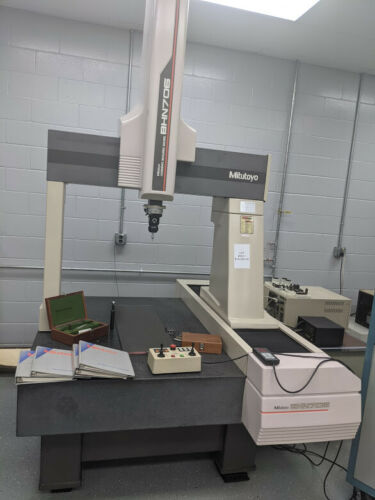 CMM, Mitutoyo , BHN 706 , Slightly used.
