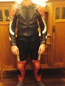 Two piece Frank Thomas Kevlar leathers
