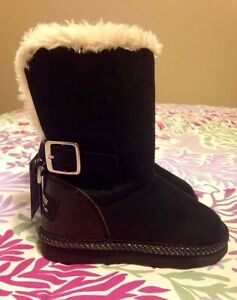 Brand New toddler girl size 6 Oshkosh boots
