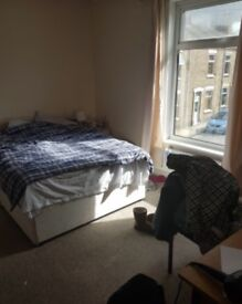 Room In Shared House In Ideal City Centre Loaction