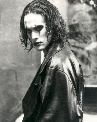 THE CROW MOVIE ERIC DRAVEN BRANDON LEE 8X10 GLOSSY PHOTO PHOTOGRAPH - MUST HAVE!