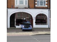 Large shop to let