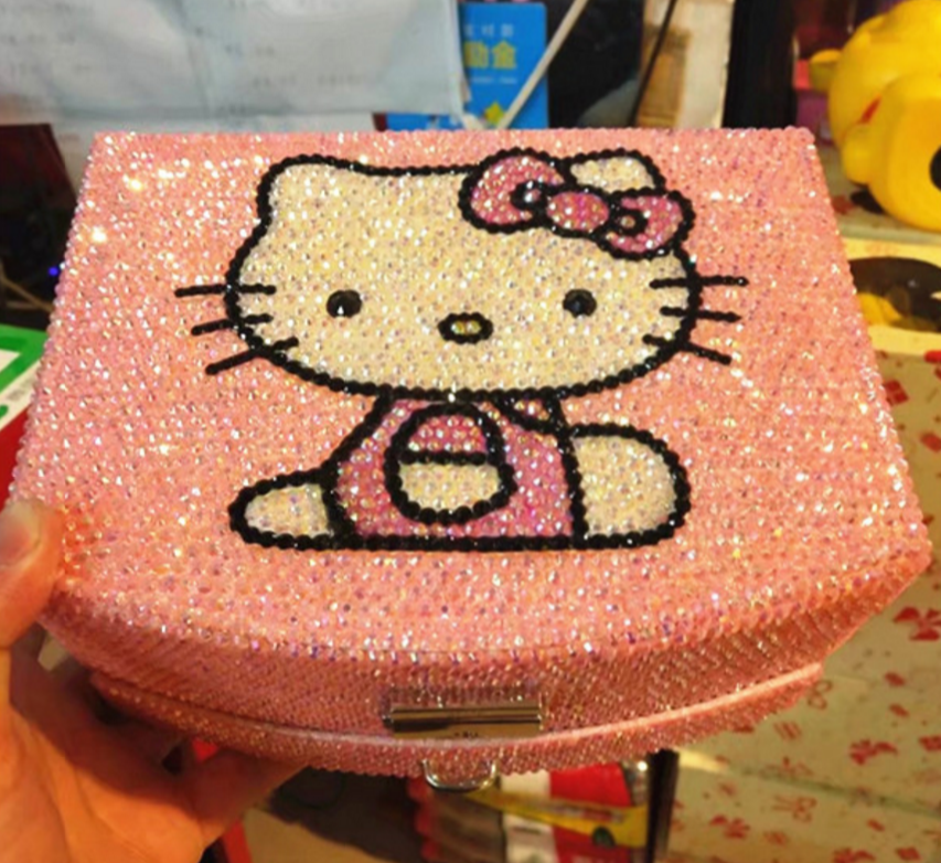Worldwide Shipping* Hello Kitty Jewelry Boxes Handmade Crystal Shining 1pc